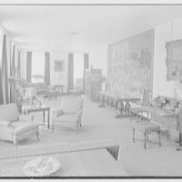 Holland House, 10 Rockefeller Plaza, New York City. Lounge to south