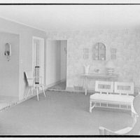 Lifehouse no. 3, Harbour Green, Massapequa, Long Island. Living room, to kitchen and hall
