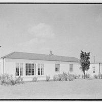 Lifehouse no. 3, Harbour Green, Massapequa, Long Island. View from left rear