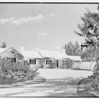 Martin L. Quinn, Jr., residence in Hobe Sound, Florida. Entrance facade, approach view