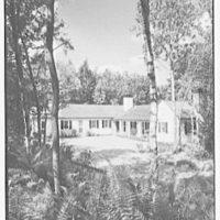 Mrs. Alexander G. Walcott, residence in Norfolk, Connecticut. Entrance court view, vertical