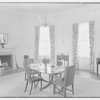 Mrs. George F. Baker, Horseshoe Plantation, residence in Tallahassee, Florida. Dining room, to fireplace