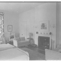 Mrs. George F. Baker, Horseshoe Plantation, residence in Tallahassee, Florida. West guest room