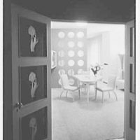 Northam Warren Corp., 50 E. 57th St., New York City. Salesroom through doors