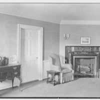 Silliman College, Yale University, New Haven, Connecticut. Master's house, sitting room