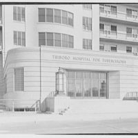 Triboro Hospital for Tuberculosis, Parsons Blvd., Jamaica, New York. Entrance detail