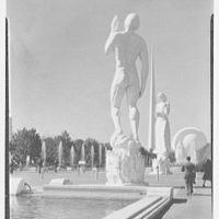 World's Fair views. Trylon between two statues