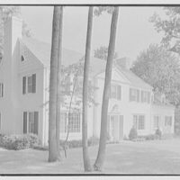 George W. Tidd, residence on Elderfield Rd., Flower Hill, Manhasset, Long Island. Entrance facade from left