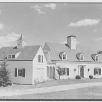 H.R. Halstead, residence on Sunset Hill Rd., New Canaan, Connecticut. Entrance facade from left