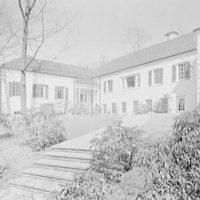 Little School, Englewood, New Jersey. Entrance facade, general II
