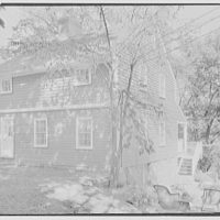 Mrs. Archer H. Brown, residence on Fairfield Ave., Greenwich, Connecticut. Entrance facade from right