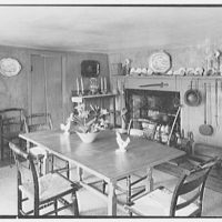 Mrs. Colin Ingersoll, residence in Salisbury, Connecticut. Dining room I