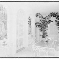 Mrs. H. Mercer Walker, residence in El Vedado, Palm Beach, Florida. Breakfast loggia, to mirror paintings