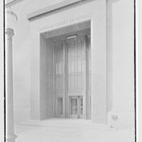 Virginia State Library & Courthouse, Richmond, Virginia. Court entrance