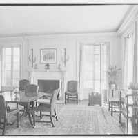 Wadsworth R. Lewis, residence in Ridgefield, Connecticut. Dining room