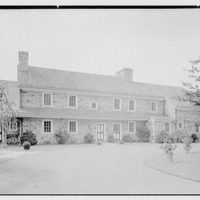 "Dr. A.S. Barnes, ""Ker-Feal"", residence in Chester Springs, Pennsylvania. Entrance facade"