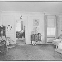 Edwin J. Beinecke, residence in Greenwich, Connecticut. Mrs. Beinecke's bedroom, to Mr. Beinecke's room