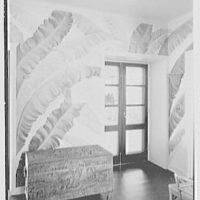 Mrs. Worthington Scranton, residence in Hobe Sound, Florida. Entrance hall