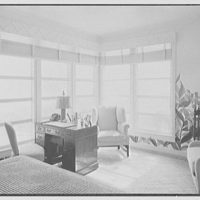 Mrs. Worthington Scranton, residence in Hobe Sound, Florida. Mrs. Scranton's bedroom, to window
