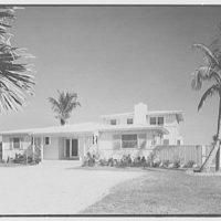 Robert Scott, residence in Vero Beach, Florida. Entrance facade