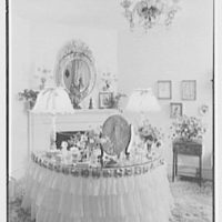William S. Paley, residence in Manhasset, Long Island. Mrs. Paley's dressing room, vertical