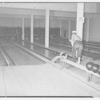 Bainbridge Naval Training Station. Ship's service bowling