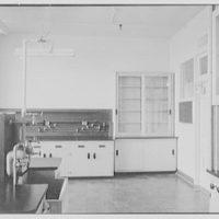 Hoffmann-LaRoche Inc., Nutley, New Jersey. 301 laboratory V