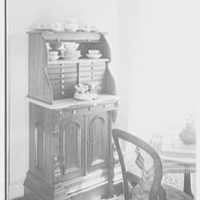 Ed and Pegeen Fitzgerald, residence at 15 E. 36th St., New York City. Dental cabinet