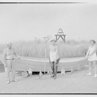 Hans Hinrichs, residence in Quogue, Long Island, New York. Snapping turtles, with three