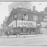 London Character Shoe shop, business at Grand Concourse and Fordham Rd., New York City. Exterior