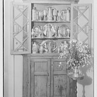 Mr. and Mrs. T. Ferdinand Wilcox, residence on Smith Ridge Rd., New Canaan, Connecticut. Living room, pewter collection II