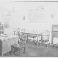 Pittsburgh Plate Glass Co., Columbia Chemical Division, Barberton, Ohio. Laboratory, Dr. Pechukas' office