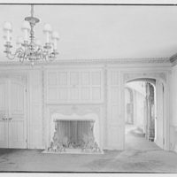 Dr. Charles V. Paterno, Round Hill, residence in Greenwich, Connecticut. Dining room