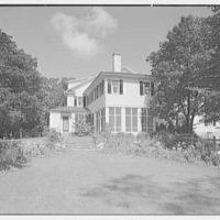 Mr. and Mrs. Richard Rodgers, residence on Black Rock Turnpike, Fairfield, Connecticut. Exterior I
