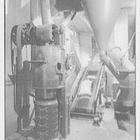 Rahr Malting Co., Shakopee, Minnesota. Bagging machines I