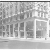 Florsheim Shoes, business at 515 5th Ave., New York City. Exterior II
