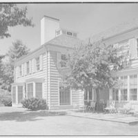 James R. Hunt, Jr., residence on Mount Holly Rd., Katonah, New York. Rear facade, sharp view