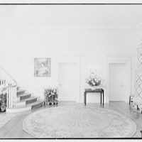 Paul Mellon, residence in Upperville, Virginia. Entrance hall, to living room