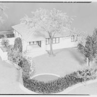 Raymond Barger Studio, Stamford, Connecticut. Yellow house I