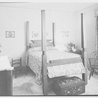 Mr. and Mrs. Joseph O. Lambert, Jr., residence at 3201 Turtle Creek Dr., Dallas, Texas. Four-poster bed