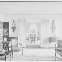 Mr. and Mrs. Nelson Doubleday, residence in Mill Neck, Long Island, New York. Living room, vista to dining room