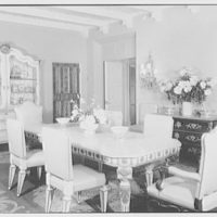 Mr. and Mrs. Theron Catlin, residence at 41 W. Brentmoor Park, Saint Louis, Missouri. General view of dining room