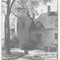 Mrs. Coster Morris, residence in Brookville, Long Island, New York. Courtyard II