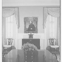 Paul Mellon, residence in Upperville, Virginia. Dining room, to picture