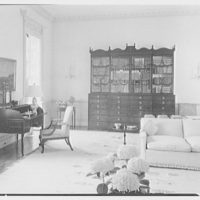 Paul Mellon, residence in Upperville, Virginia. Living room, to secretary