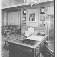 William R. Warner Co., 18th St. and 6th Ave., New York City. Mr. Bobst's desk, to books