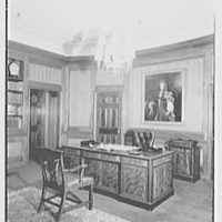 William R. Warner Co., 18th St. and 6th Ave., New York City. Mr. Bobst's desk, to painting