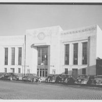 Dollar Savings Bank, Parkchester Branch, Bronx, New York. Exterior from center