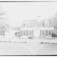 Grullerman, residence in Wayside Gardens, Brookville, Long Island. Exterior II