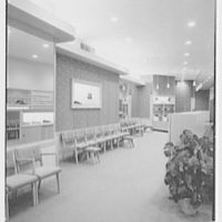 Manhasset Bootery, business at 505 Plandome Rd., Manhasset, Long Island. View to side
